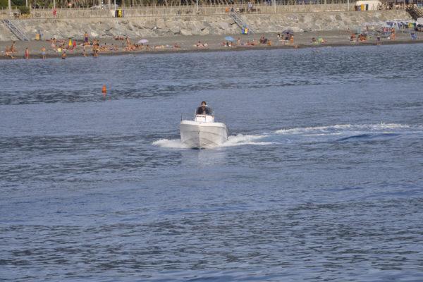Barca Magu con motore fuoribordo Hidea